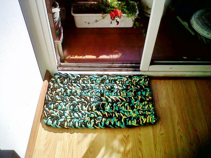 Las 25 mejores ideas sobre alfombra bajo la cama en - Alfombras pie de cama ...