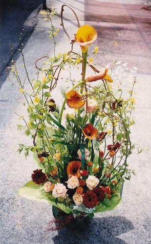 Fresh Flower Arrangement by Kent Florist Mikiko Inoue