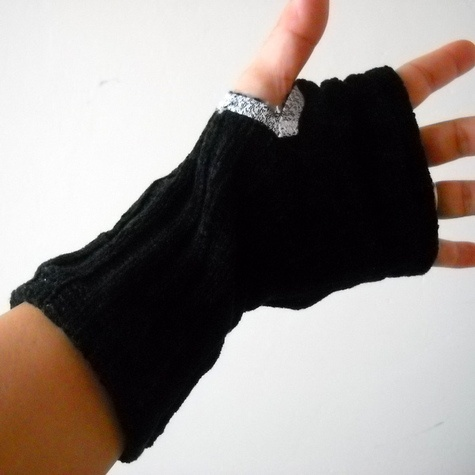 Fingerless Gloves- Maglia  by Monjio