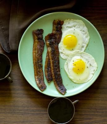 Bacon & egg?Fun Recipe, Cups Of Coffe, Food, Coffee, Bacon Recipes, Breakfast Recipe, Cooking Tips, Brown Sugar Bacon, Coffe Brown