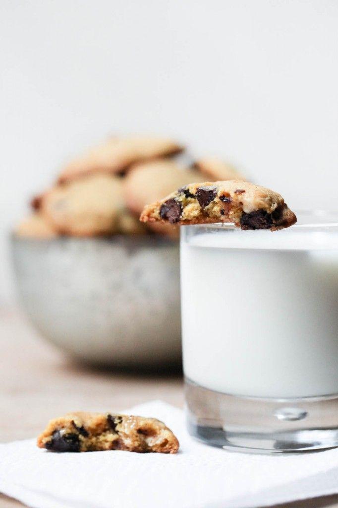 Pumpkin Chocolate Chip Cookies / Ring Finger Tan Line: