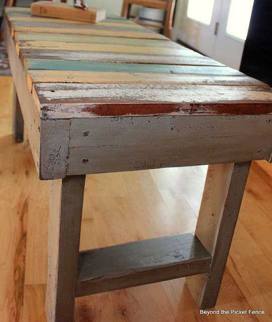 Beyond The Picket Fence: Pallet Bench Tutorial think this might be my answer to a craft room work bench top