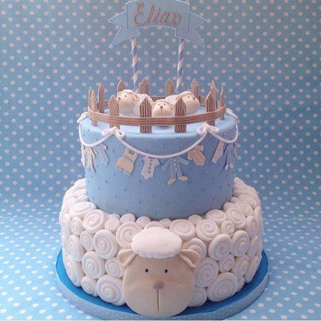 #BomDia com esse lindo #bolo do IG @festainfantil by @isaherzog  #ChaDeBaby #QueridaData #BeijoTriplo