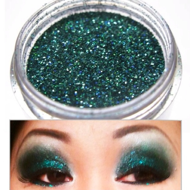 MAC loose glitter eyeshadow