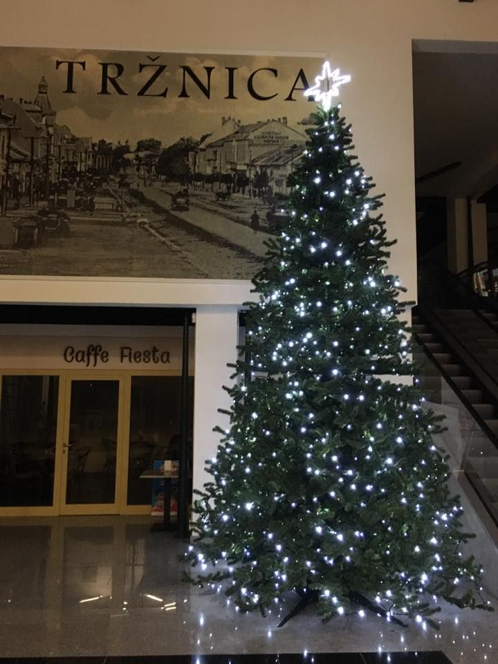 Vianočná výzdoba, Tržnica Michalovce