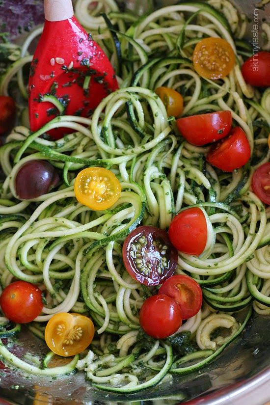 Raw Spiralized Zucchini Noodles with Tomatoes and Pesto