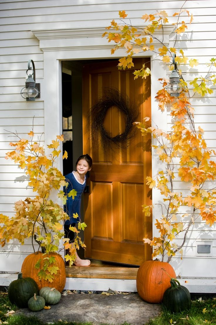 Thanksgiving front door decorations - Find This Pin And More On Fall Halloween Thanksgiving