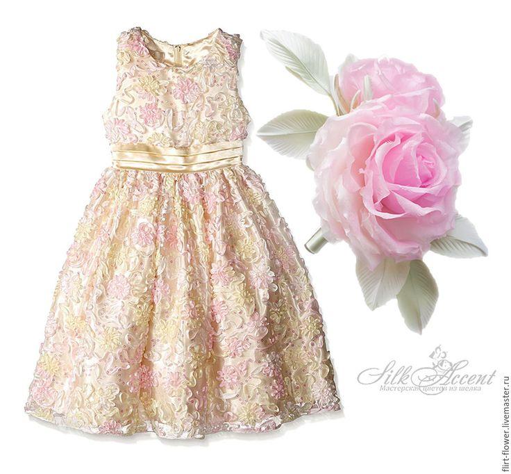 Купить Заколка для девочки. Роза в прическу. Шелковая роза с бутоном в волосы - бледно-розовый, розовый
