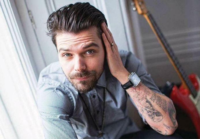 Simon Neil, Biffy Clyro / Guitarist magazine - March 2013
