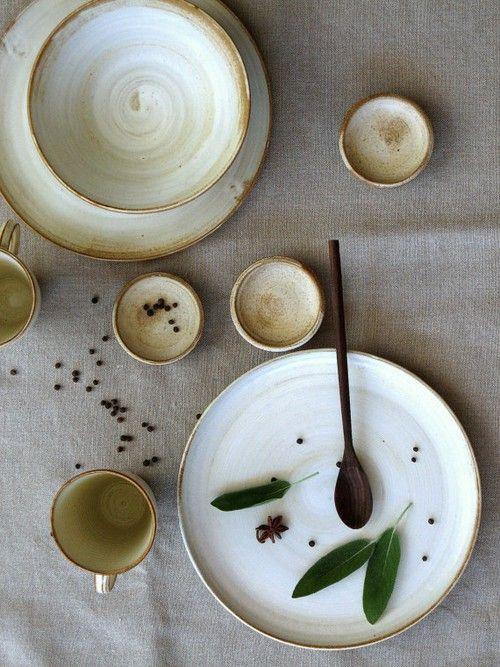 The Prettiest Dinning Crockery Sets -17 photos. Superbcook.com Creamy white ceramic dinnerware set for couple
