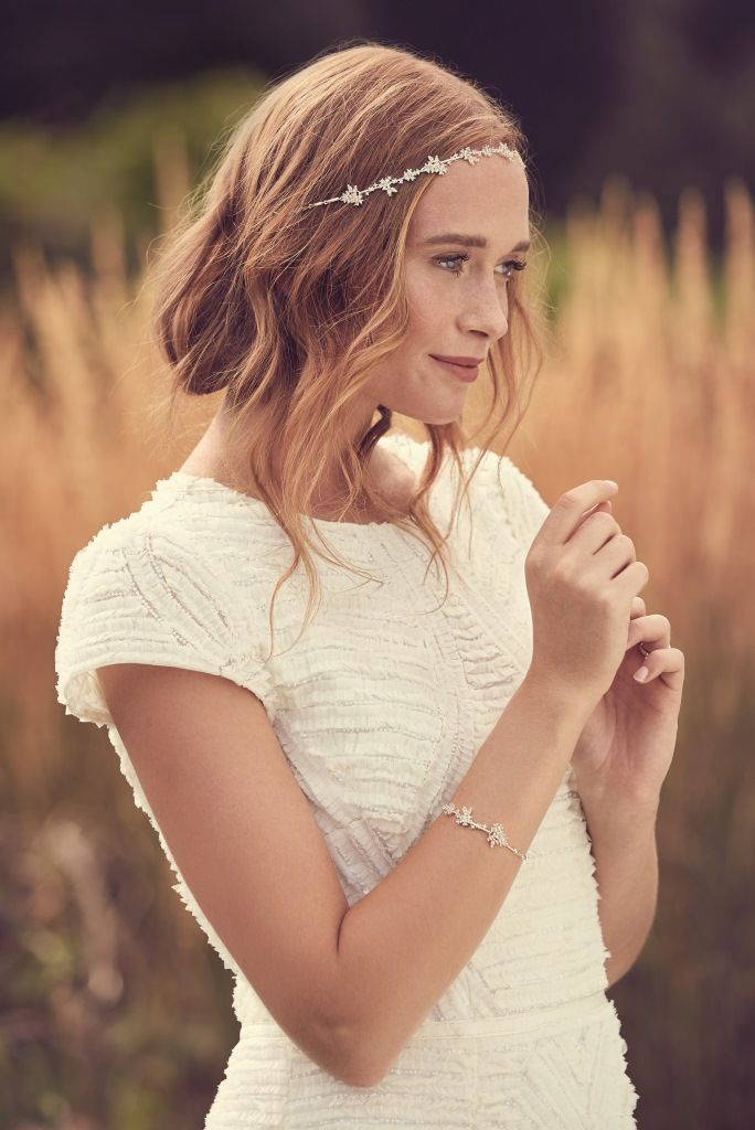 Complete your look with a stunning piece of bridal jewellery