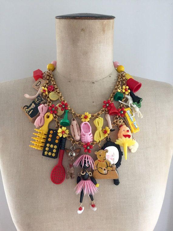 Juguete vintage, collar, declaración collar - Babes In Toyland