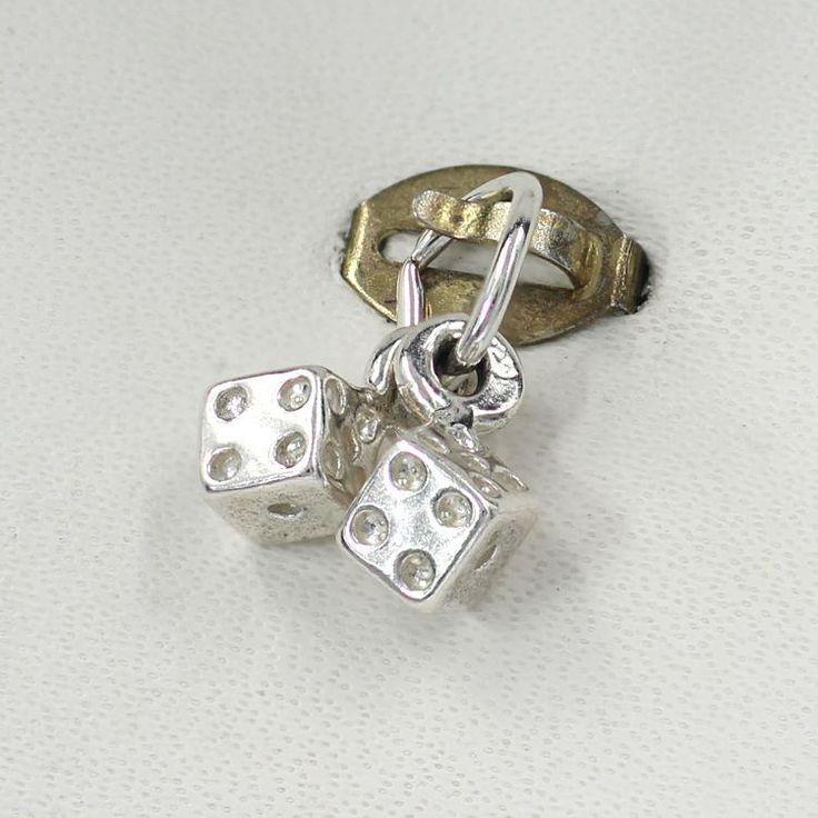https://flic.kr/p/Rntprv | Silver Charms - Jewelry & Watches Store in Tweed Heads | Follow Us : blog.chain-me-up.com.au/  Follow Us : www.facebook.com/chainmeup.promo  Follow Us : twitter.com/chainmeup  Follow Us : au.linkedin.com/pub/ross-fraser/36/7a4/aa2  Follow Us : chainmeup.polyvore.com/  Follow Us : plus.google.com/u/0/106603022662648284115/posts  Follow Us : www.instagram.com/fraserross_chainmeup/ ----------------------------------