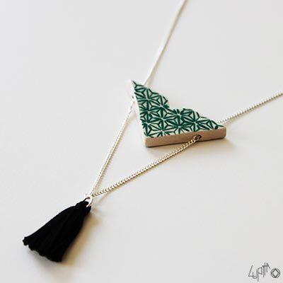 Collier sautoir en céramique Aoko - en version vert canard et noir !