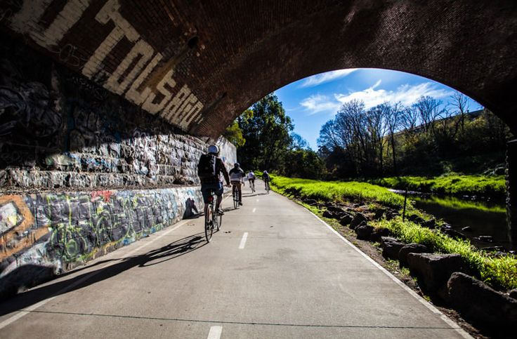We check out Melbourne's Capital City Trail – one of the city's best bike tracks, winding its way along the Yarra River through the inner city 'burbs. Perfect for a weekend activity!
