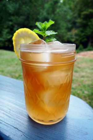 2 Shots Sweet Tea Vodka (or two shots vodka and some iced tea)    Fill the rest of the glass with Fresh Lemonade