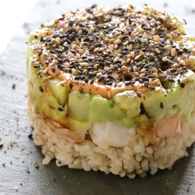 Spicy California Shrimp Stacks  so EASY and satisfies my sushi craving! I use Trader Joe's frozen brown rice and precooked shrimp and this is ready in under 15 minutes.  Weight Watchers Smart Points: 5 - Calories: 225 (per stack) Full recipe here... http://www.skinnytaste.com/2015/10/spicy-california-shrimp-stack.html link in profile