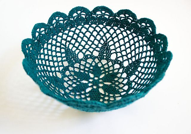 Lace Bowl pattern (p includes sugar stiffening recipe)