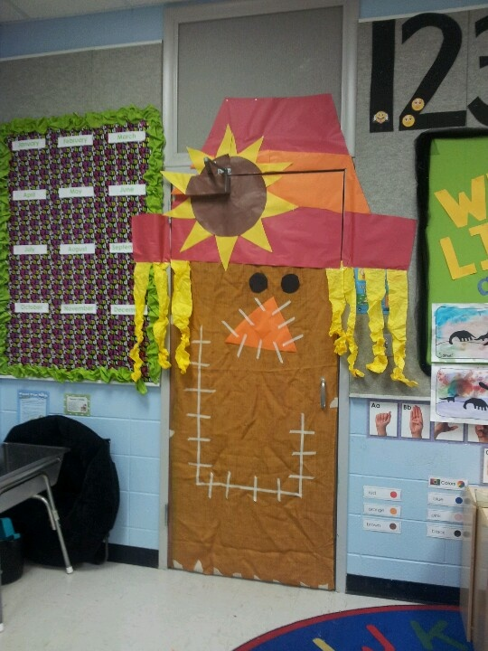 Fall festival door decoration i think the teachers loved for Autumn classroom decoration