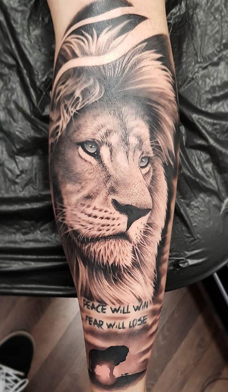70 weibliche und männliche Löwentattoos | TopTattoos   – Tattoo ärmel – #Ärm…