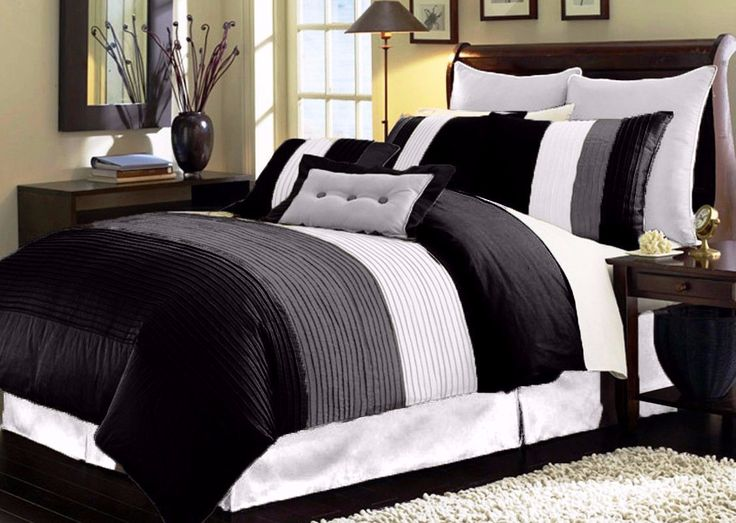 8pc Modern Pleated King Size Comforter Set in Black