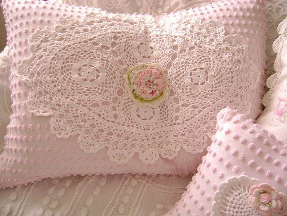 Chenille pillows are shabby chic