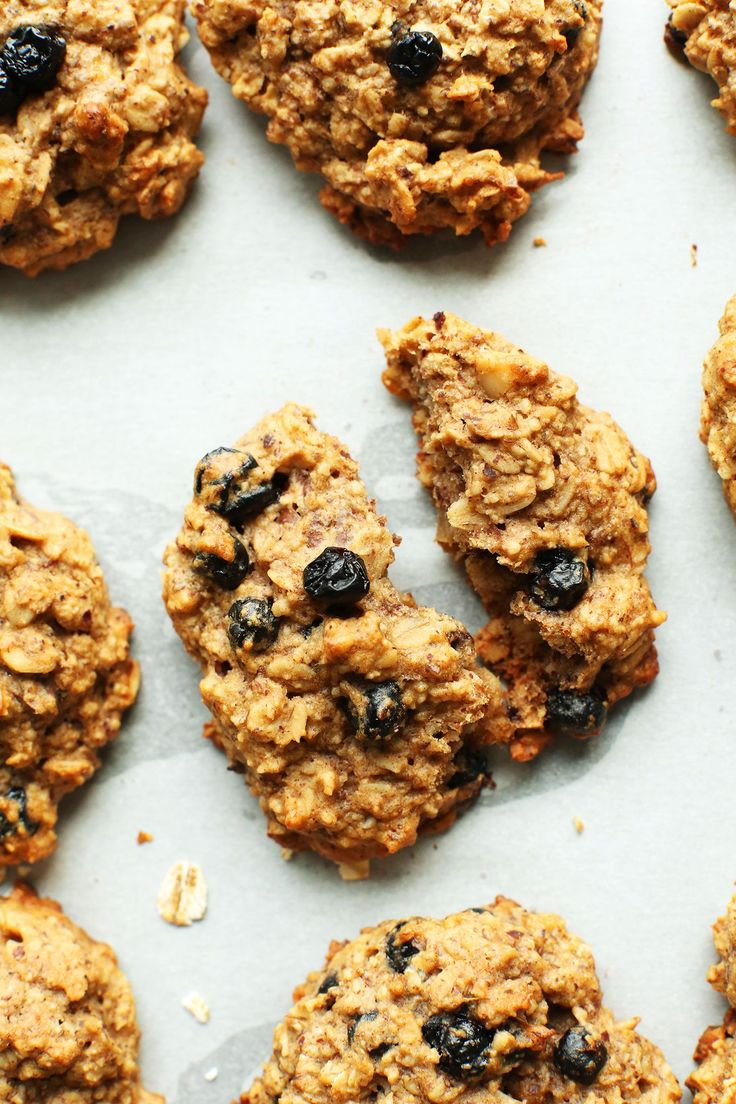 Healthy Breakfast Cookies made in 1 bowl! Vegan, gluten free, perfectly sweet and hearty, and the perfect snack oron-the-gobreakfast.