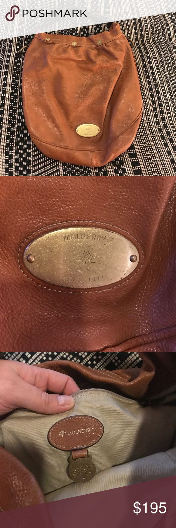Mulberry Hobo Bag Leather Hobo Bag. Leather is in great condition, inside of Bag clean. Looks great on!! Mulberry Bags Shoulder Bags