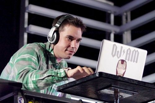 Celebrity DJ Adam Goldstein was a Hollywood staple and regular collaborator with stars such as Madonna and Will Smith. Known as DJ AM, he worked the party scene, dated Lionel Richie's daughter Nicole and struggled on and off with drug addiction. In September 2008, Goldstein and friend Travis Barker escaped a deadly plane crash in South Carolina. Nearly a year later, in August 2009, he died of acute intoxication due to a combination of cocaine and prescription drugs