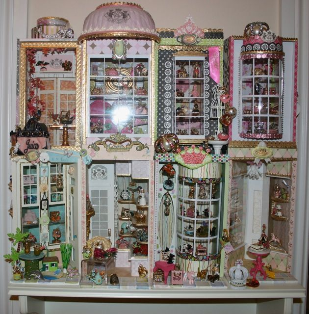 How do you store your juicy charms/jewelry? - Page 5 - PurseForum This is one of the most adorable displays I have ever seen! The screen name of the purse forum member is PIXIEPOO. I want to make sure I give adequate credit to the person who had this amazing idea and there was no direct place to link back to.