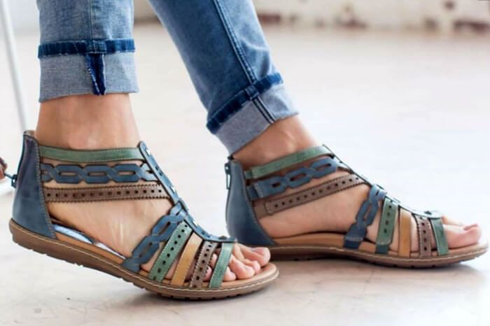 Sandals with Back Straps: Earth Bay