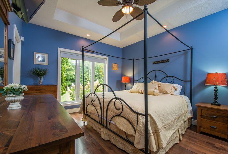 12 Blossom Ridge property listing