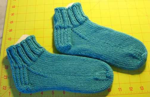 Easy Knitted Sock Pattern for Beginners with link to video tutorial.