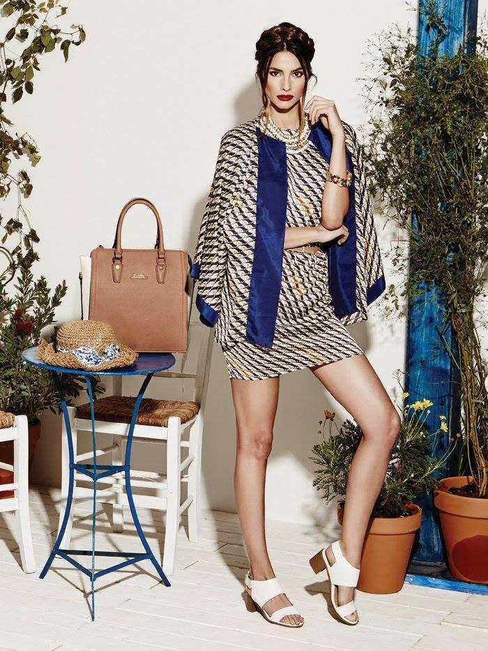DOCA #SS15 Collection #Fashion Tips: Blue Sea Φόρεμα με ασορτί τύπωμα Κιμονό Δείτε περισσότερα στα DOCA Shops (https://www.doca.gr/el/doca-shops.html) & Online: www.doca.gr Κιμονό διαθέσιμο στο: https://www.doca.gr/el/anoixi-kalokairi-15/rouxa/kimono-ss15/36545-kimono-mple-kamel-detail.html  Πέδιλο διαθέσιμο στο: https://www.doca.gr/el/anoixi-kalokairi-15/papoutsia/pedila-ss15/72844-pedilo-aspro-detail.html