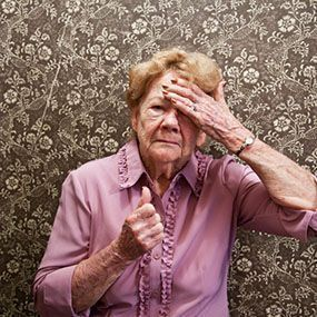 """What Is the Difference Between Dementia and Alzheimers? Many people use the words """"dementia"""" and """"Alzheimer's disease"""" interchangeably. However, they're not the same thing. You can have a form of dementia that is completely unrelated to Alzheimer's disease. #dementia #alzheimers #Whatisdementia?"""