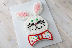 Happy Easter! I've been making this cake since I was 12!  ;)  Soooo cute!!!  I color the coconut on the tie too!