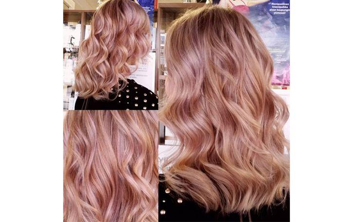 Розовый блонд для самого модного окрашивания сезона