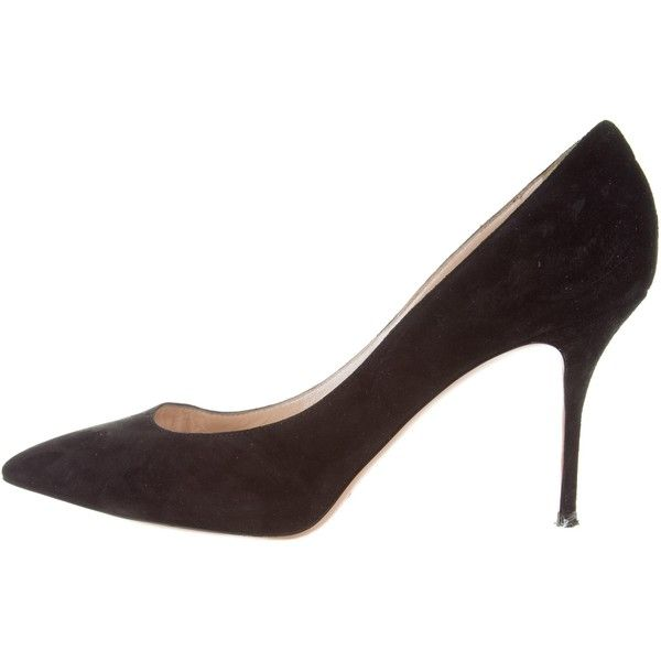 Pre-owned Casadei Suede Pointed-Toe Pumps ($95) ❤ liked on Polyvore featuring shoes, pumps, black, black suede pumps, black suede shoes, suede pointy toe pumps, suede leather shoes and casadei shoes