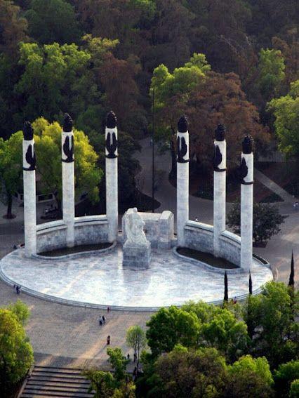 Monumento a los Niños Héroes En el Bosque de #Chapultepec de Ciudad de #México Maravillas de México! Monumento a los Ninos Heroes in Chapultepec Park in Mexico City. Tour By Mexico - Google+