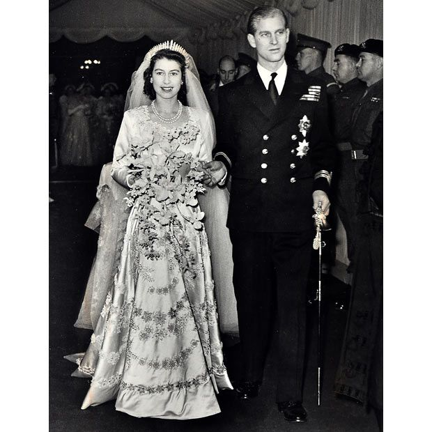 Queen Elizabeth II with Prince Philip leaving Westminster Abbey after their wedding in 1947Royal Families, Queen Elizabeth, Prince Philip, Royal Wedding, Princess Elizabeth, Queenelizabeth, Elizabeth Ii, Queens Elizabeth, Princesses Elizabeth