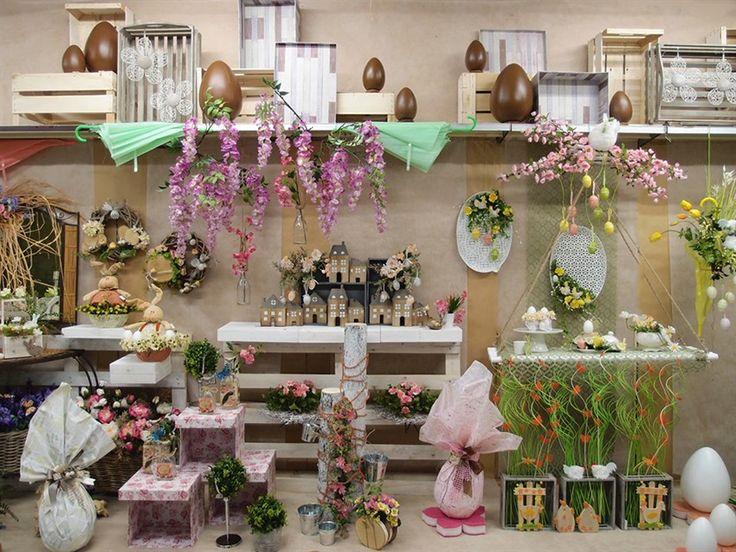 17 b sta bilder om idee vetrine per negozi primavera for Piante artificiali economiche