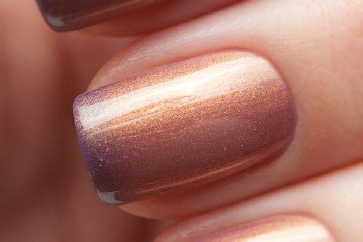 Paint nail completely with a light colour, add a stripe of a darker colour then top with one more coat of the original light colour. Do this quickly so the colours blend and create the depicted gradient.