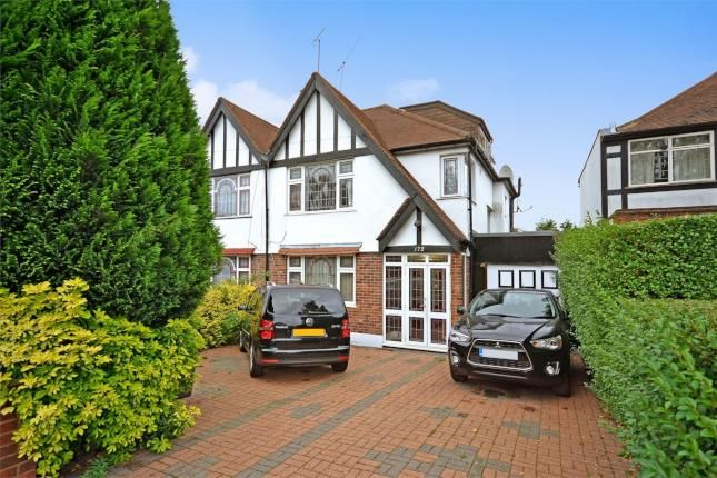 4 Bed Semi-detached House For Sale, Carlton Avenue West, Wembley, Middlesex HA0, with price £775,000. #Semi-detached #House #Sale #Carlton #Avenue #West #Wembley #Middlesex