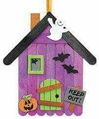 Casa embrujada                                                                                                                                                                                 Más
