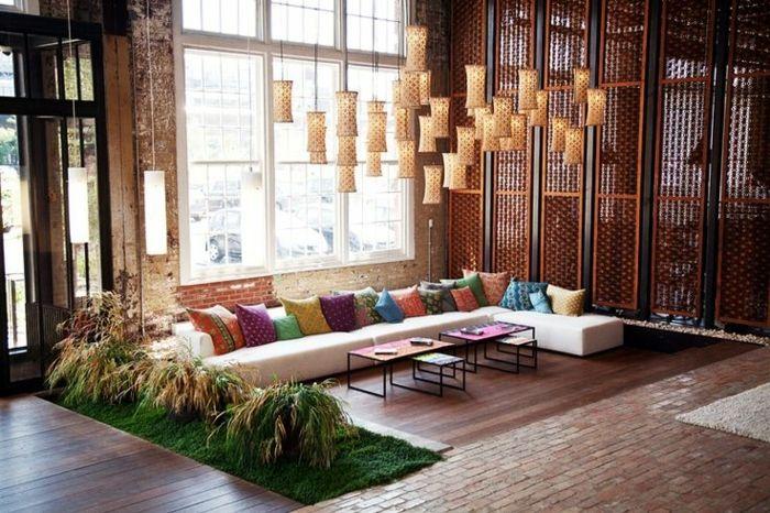 Un canapé marocain dans le salon peut totalement changer l'atmosphère de cette pièce. Le salon est un endroit important pour la maison ou l'appartement. Vou