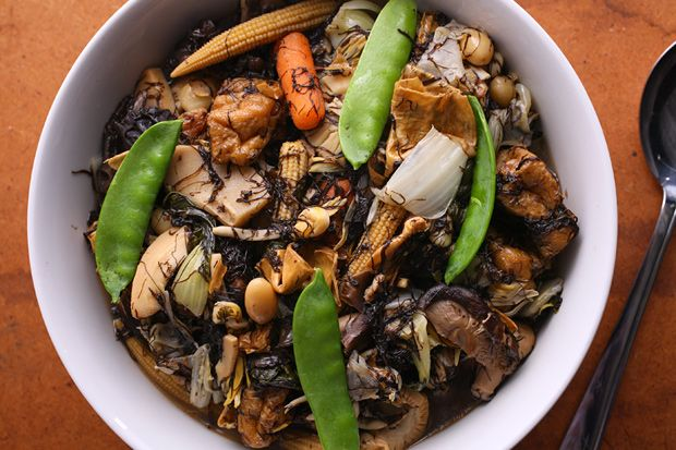 Buddha's Delight (Jai): This Buddhist vegetarian stew, known as jai in Cantonese, is traditionally served on the first day of the Chinese New Year to bring good luck.