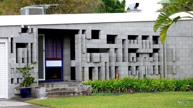 Iwan Iwanoff - Ten of Perth's Best Houses   PERTH AUSTRALIA - 6 0 0 0 T I M E S