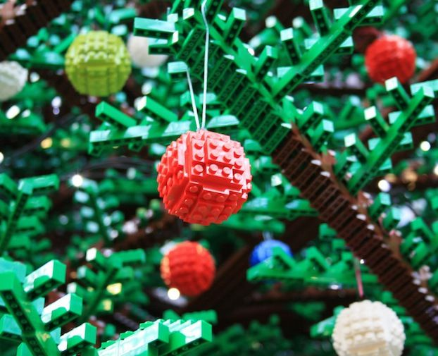 For this years festive season a magical LEGO Christmas Tree built entirely out of LEGO bricks will come to life outside Westfield Sydney in Pitt Street Mall.
