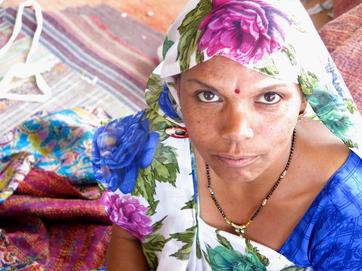 Woman's expression - India #travel #faces #discover Fragonard Parfumeur