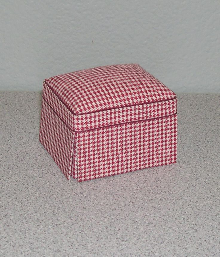 Ashley Red Check Ottoman | Mary's Dollhouse Miniatures